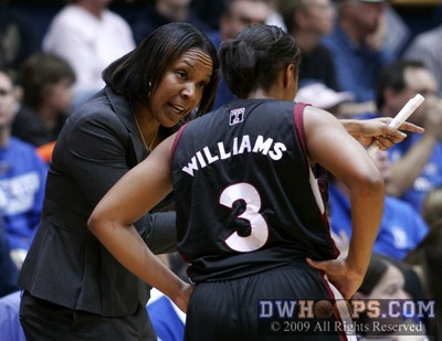 Temple Head Coach Tonya Cardoza, a Virginia alum and former UConn assistant, counsels BJ Williams during a break in the action on January 5, 2009.  Duke won that meeting 87-52.
