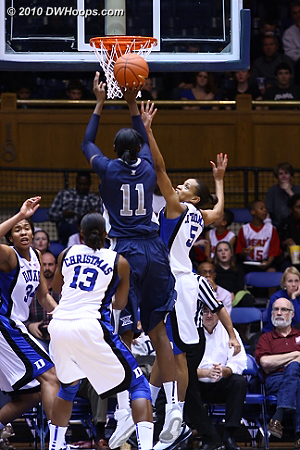 Another open jumper for Harris; Xavier goes up 34-27 and Duke needs a time out.