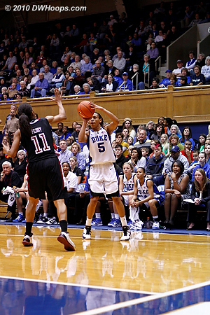 Jas puts Duke up 61-47 with this jumper, just over 5 minutes remaining.  - Duke Tags: #5 Jasmine Thomas