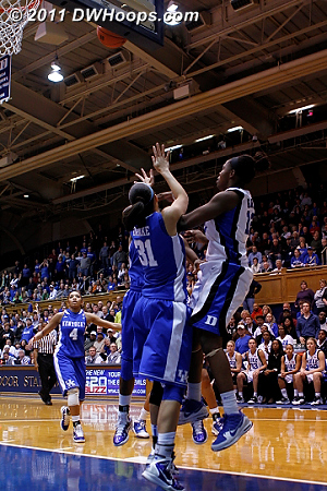 A tipped Chelsea Gray shot magically found the basket for a 50-48 Duke lead (3rd of 3)  - Duke Tags: #12 Chelsea Gray