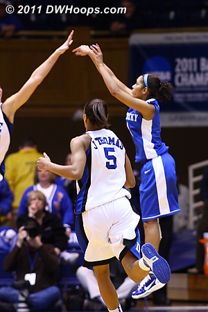 Keyla Snowden missed a quick three, but Kentucky got the rebound.