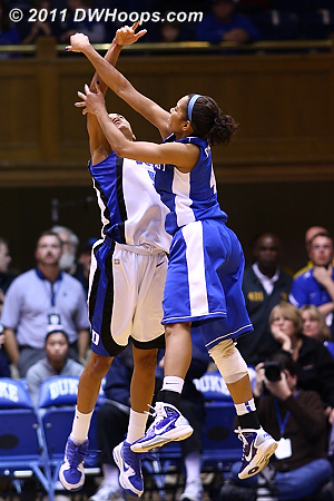 Jasmine Thomas gets another potentially game saving block, this time against Snowden.  - Duke Tags: #5 Jasmine Thomas