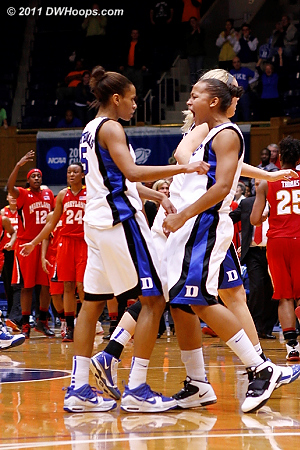 Maryland calls timeout and Shay has the good word for Jas.  - Duke Tags: #3 Shay Selby, #5 Jasmine Thomas 