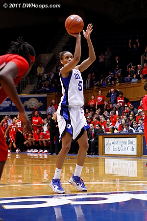 Maryland was forced to foul immediately and Jasmine Thomas was money.  67-62 Duke.  - Duke Tags: #5 Jasmine Thomas