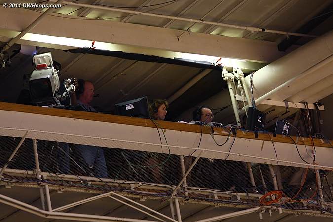 Debbie Antonelli (center) and Mike Hogewood in the crow's nest for the Fox Sports broadcast