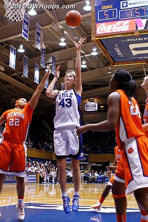 Vernerey puts Duke up by 43  - Duke Tags: #43 Allison Vernerey