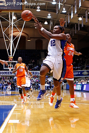 In transition, Chelsea Gray dishes to Krystal Thomas for Duke's first lead  - Duke Tags: #12 Chelsea Gray