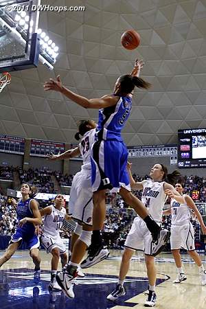 Jas hefts a layup over Maya Moore, another miss  - Duke Tags: #5 Jasmine Thomas