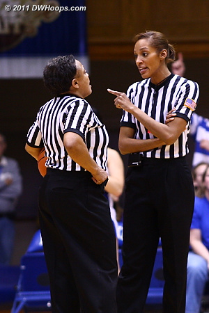 Angelica Suffren (right) and Bonita Spence confer during the final media timeout