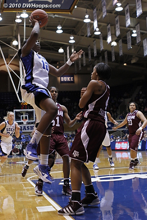 First-time starter Chelsea Gray scores in the paint - it would be Duke's last lead for a long time  - Duke Tags: #12 Chelsea Gray
