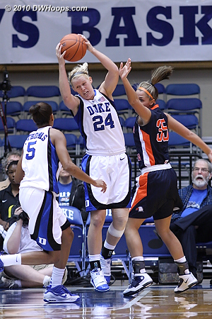 Kathleen Scheer rips down the first of a game high ten boards