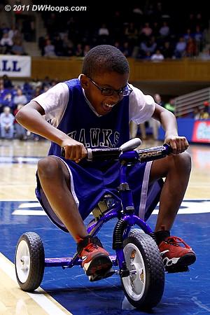 Trike race  - Duke Tags: Fans