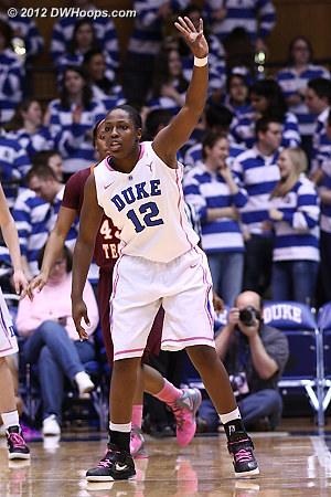 Chelsea Gray signals the Duke defense  - Duke Tags: #12 Chelsea Gray