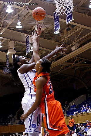 Auburn's Williams challenges Duke's Williams' shot  - Duke Tags: #1 Elizabeth Williams