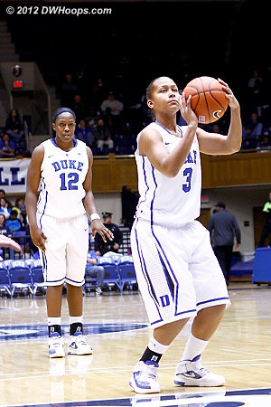 Selby shoots the and-one as Chelsea Gray watches