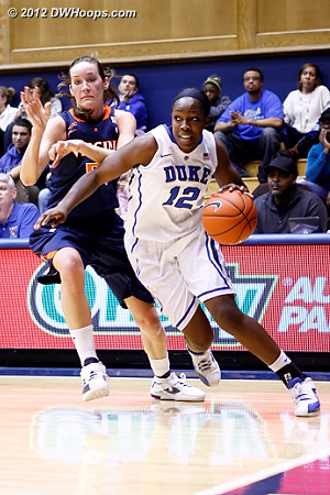 Chelsea Gray appears to have beaten Chelsea Shine off the dribble  - Duke Tags: #12 Chelsea Gray