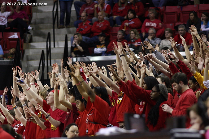 Maryland students during a pair of Kizer free throws that cut it to 19-14