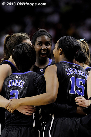 Duke pregame huddle was pumped up!  - Duke Tags: #1 Elizabeth Williams