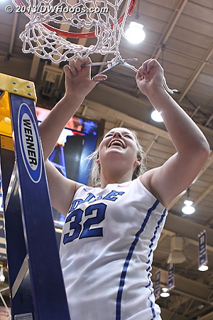 Tricia cuts the net  - Duke Tags: #32 Tricia Liston