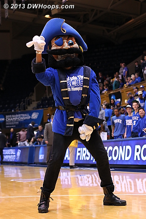 DWHoops Photo  - HAMP Players: Mascot Pirate
