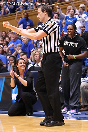 Chelsea Gray reacts as official Rod Creech calls a Cowgirl foul