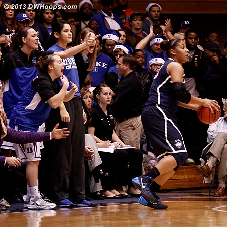 Duke bench players call for someone, anyone, to guard Mosqueda-Lewis