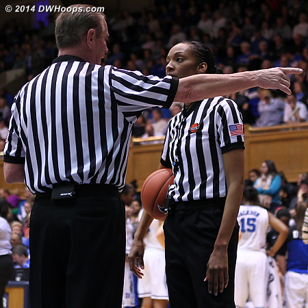 DeMayo and Suffren discuss the out of bounds call
