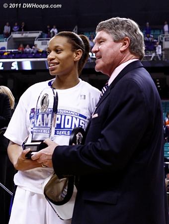 Jasmine Thomas receives the MVP award from ACC Commissioner John Swofford  - Duke Tags: #5 Jasmine Thomas