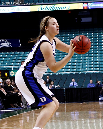 Left all alone, Tricia Liston puts Duke up by 23  - Duke Tags: #32 Tricia Liston