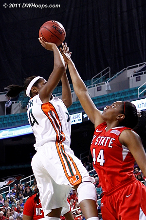 DWHoops Photo  - NCSU Players: #44 Kody Burke - MIA Tags: #34 Sylvia Bullock