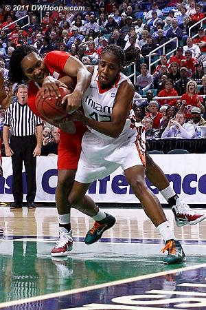 DWHoops Photo  - NCSU Players: #44 Kody Burke - MIA Tags: #42 Shenise Johnson