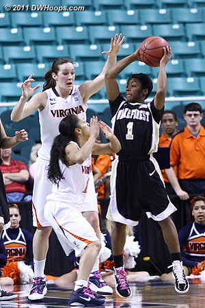 DWHoops Photo  - UVA Players: #1 China Crosby, #50 Chelsea Shine - WF Tags: #1 Brooke Thomas