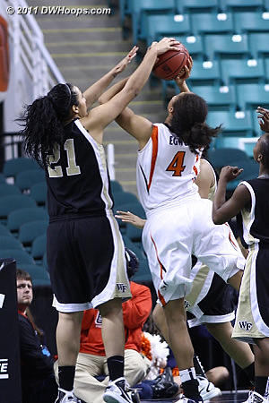 Rejected by Garcia!  - UVA Players: #4 Simone Egwu - WF Tags: #21 Sandra Garcia