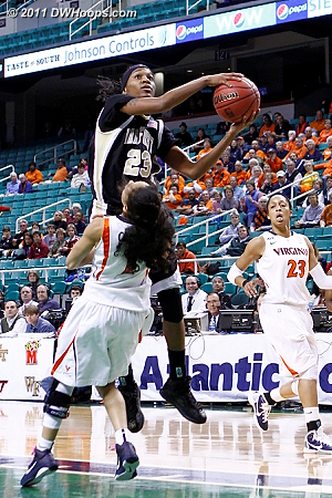 DWHoops Photo  - UVA Players: #1 China Crosby - WF Tags: #23 Secily Ray