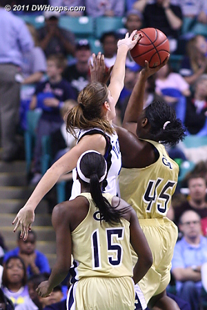 Vernerey rejects Goodlett  - Duke Tags: #43 Allison Vernerey - GT Players: #45 Sasha Goodlett