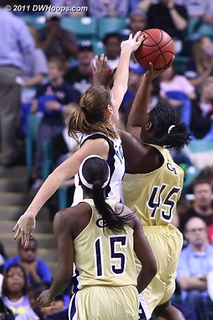 Vernerey rejects Goodlett  - Duke Tags: #43 Allison Vernerey - GT Players: #45 Sasha Goodlett
