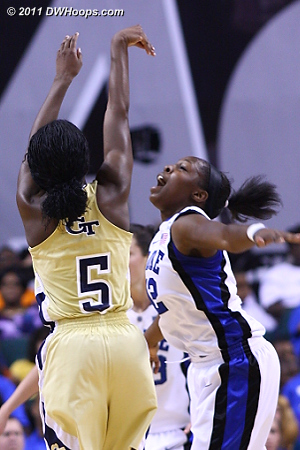 Walthour hits during Tech's comeback  - Duke Tags: #12 Chelsea Gray - GT Players: #5 Metra Walthour