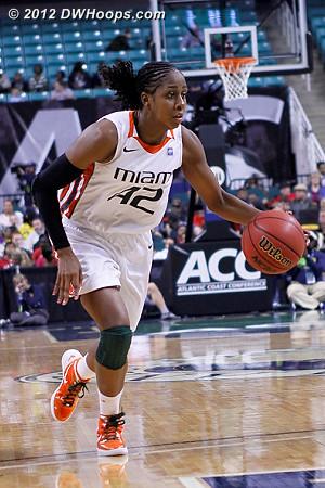 DWHoops Photo  - MIA Players: #42 Shenise Johnson
