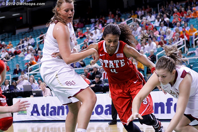 DWHoops Photo  - FSU Players: #10 Leonor Rodriguez, #54 Cierra Bravard - NCSU Tags: #4 Tia Bell