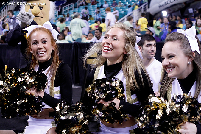 DWHoops Photo  - WAKE Players:  Wake Forest Cheerleaders