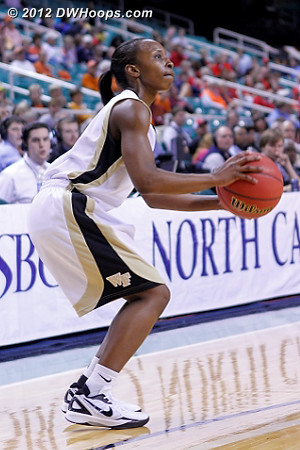 DWHoops Photo  - WAKE Players: #5 Chelsea Douglas
