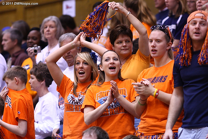 UT Martin Fans with