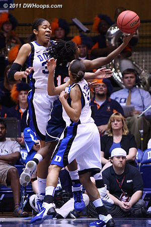 Newsome splits the Duke seniors  - Duke Tags: #5 Jasmine Thomas, #34 Krystal Thomas 12 Jasmine Newsome