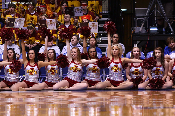 Iowa State cheerleaders hoping for a comeback
