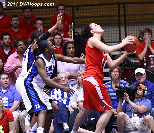 Marist had a great inbounds play for an Oliver reverse, 68-66 Duke with 15 seconds left  - Duke Tags: #12 Chelsea Gray, #34 Krystal Thomas 10 Kate Oliver